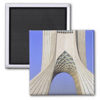 Asia, Irán, Teherán. Monumento de la libertad en A Imán Cuadrado