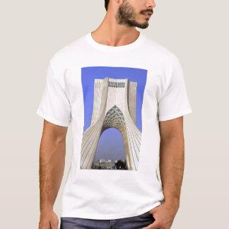 Asia, Irán, Teherán. Monumento de la libertad en Playera