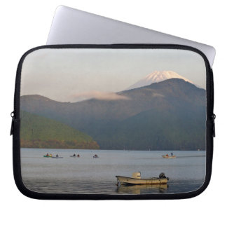 Asia, Japan, Hakone. Early morning views of Mt. Computer Sleeve