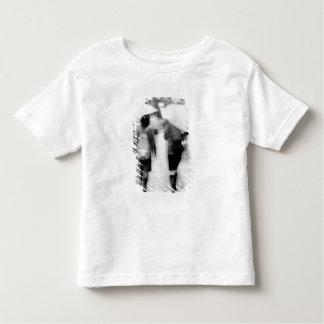 Asia, Japan, Tokyo. Young women and umbrellas. Toddler T-shirt