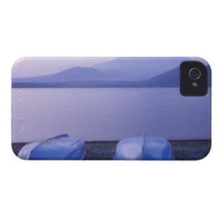Asia, Japón, Yamanashi, botes de remos en el lago Funda Para iPhone 4