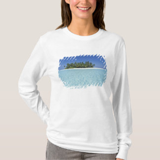 ASIA, Maldives, Ari Atoll, Uninhabited T-Shirt