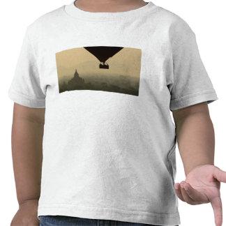 Asia, Myanmar, Bagan, globo sobre los templos de Camisetas