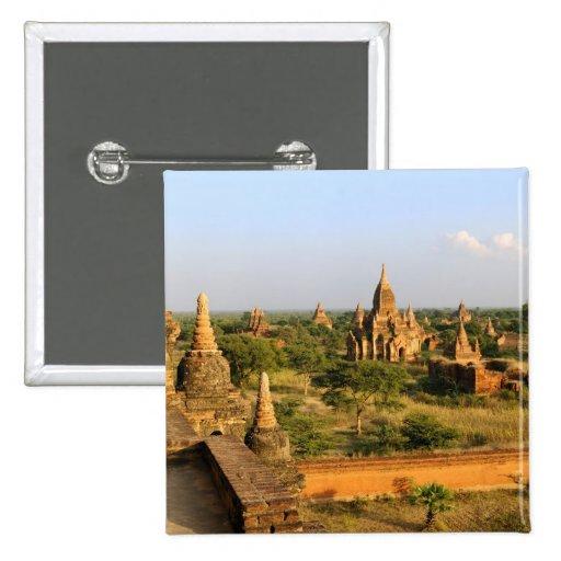Asia, Myanmar (Birmania), Bagan (Pagan). Diverso Pin Cuadrado