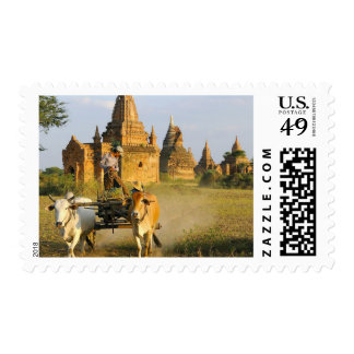 Asia, Myanmar (Birmania), Bagan (Pagan). Un carro Sellos