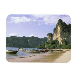 Asia, Thailand, Krabi. West Railay Beach, long Magnet
