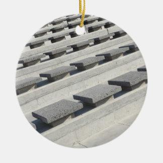 Asientos del cemento ornatos