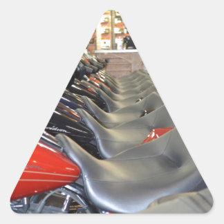 Asientos prístinos de la motocicleta pegatina triangular