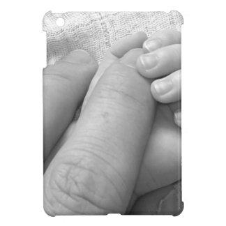 Asimiento de las manos de los dedos de la mano del