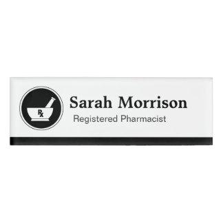 Asistencia médica del farmacéutico del logotipo de etiqueta con nombre