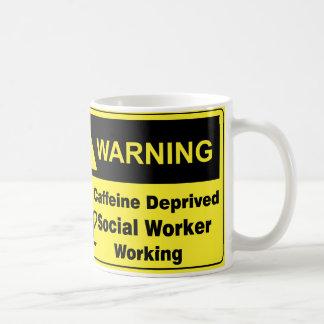 Asistente social amonestador del cafeína taza de café