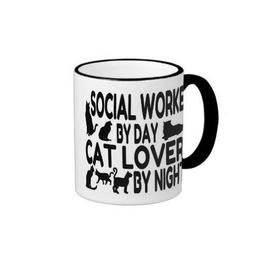 Asistente social del amante del gato taza de dos colores