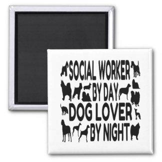 Asistente social del amante del perro imán cuadrado