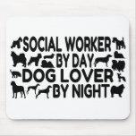 Asistente social del amante del perro tapetes de ratones