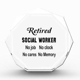 Asistente social jubilado ningún trabajo ningún