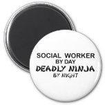 Asistente social Ninja mortal Imán De Frigorífico