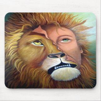 Aslan Man-Transformation Mouse Pad