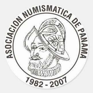Asociación Numismática De Panamá pegatina Classic Round Sticker