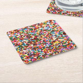 Asperja los prácticos de costa de papel posavasos de cartón cuadrado