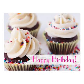 Asperje el feliz cumpleaños de las magdalenas postal