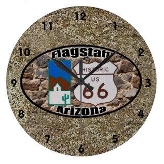 Asta de bandera histórica del ~ de la ruta 66, reloj redondo grande