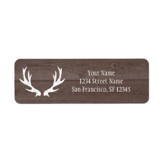 Asta de madera de los ciervos que casa etiquetas etiqueta de remite