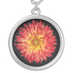 aster round pendant necklace