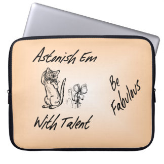 Astonish Em Cute Cat and Mouse Laptop Sleeve