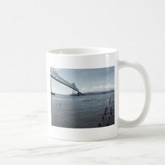 astoria bridge coffee mug