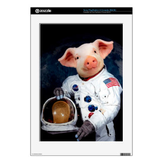 Astronaut pig - space astronaut skin for the PS3 console