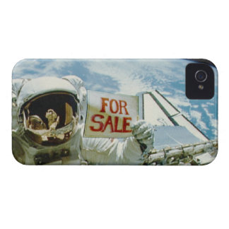 Astronaut Sells Earth iPhone 4 Cover