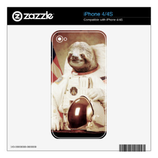 Astronaut Sloth iPhone 4S Skins