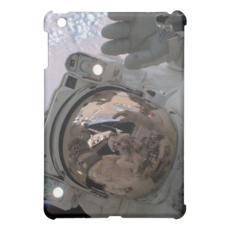 Astronaut Space Walk Above Earth iPad Mini Case