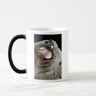 ASTRONAUT  TAKING PICTURE OF ANOTHER ASTRONAUT MAGIC MUG