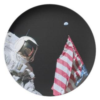 ASTRONAUT, USA FLAG & EARTH DINNER PLATE