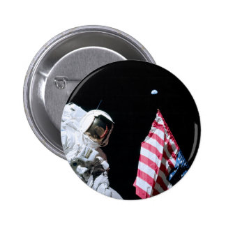 ASTRONAUT, USA FLAG & EARTH PINBACK BUTTON
