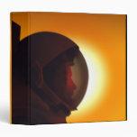 Astronauta con casco contra el Sun
