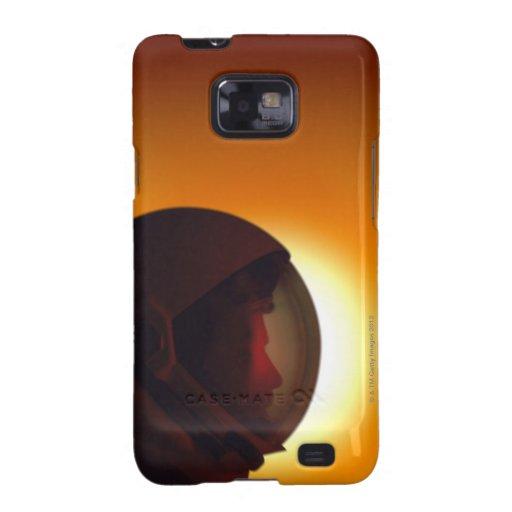 Astronauta con casco contra el Sun Galaxy SII Carcasa