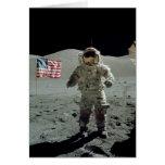 Astronauta de Apolo 17 en el valle de Littrow del  Felicitaciones