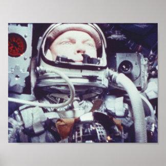 Astronauta de la amistad 7 durante vuelo espacial póster