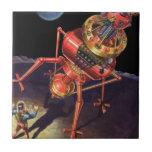 Astronauta de la ciencia ficción del vintage con azulejo cuadrado pequeño