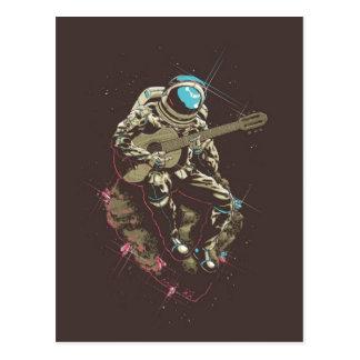 Astronauta de Minimalistic que toca una guitarra Tarjeta Postal