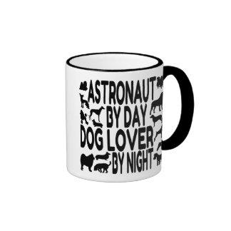 Astronauta del amante del perro taza de dos colores