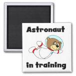Astronauta del oso en camisetas y regalos del entr iman para frigorífico