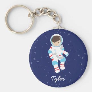 Astronauta del pelo de Brown en espacio Llavero Redondo Tipo Pin