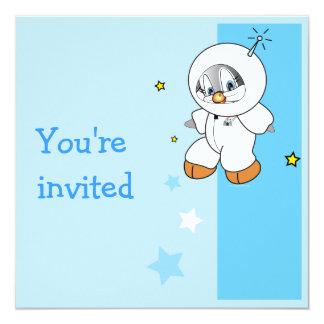 """Astronauta del pingüino del penique invitación 5.25"""" x 5.25"""""""