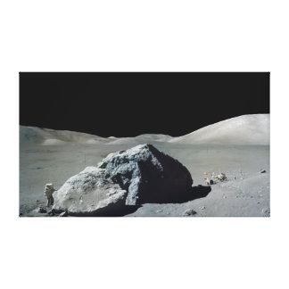 Astronauta y vehículo de Apolo 17 en la luna Impresión En Lona