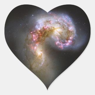 Astronomía de espacio de las galaxias de las anten colcomanias de corazon personalizadas