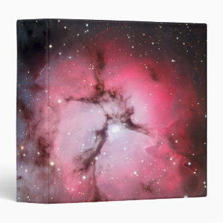 Astronomía de espacio trífida de la nebulosa