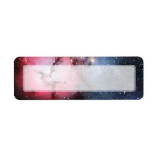 Astronomía de espacio trífida de la nebulosa etiqueta de remite